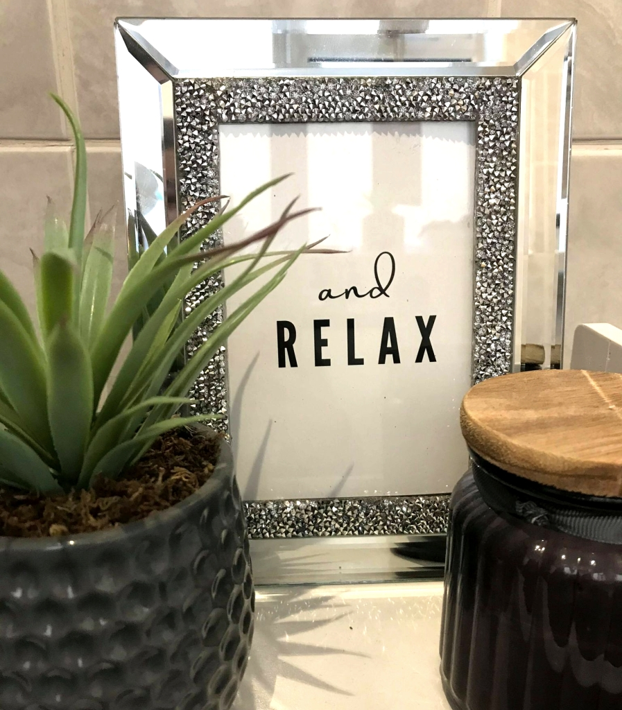 Love Tea Designs 'and relax' print
